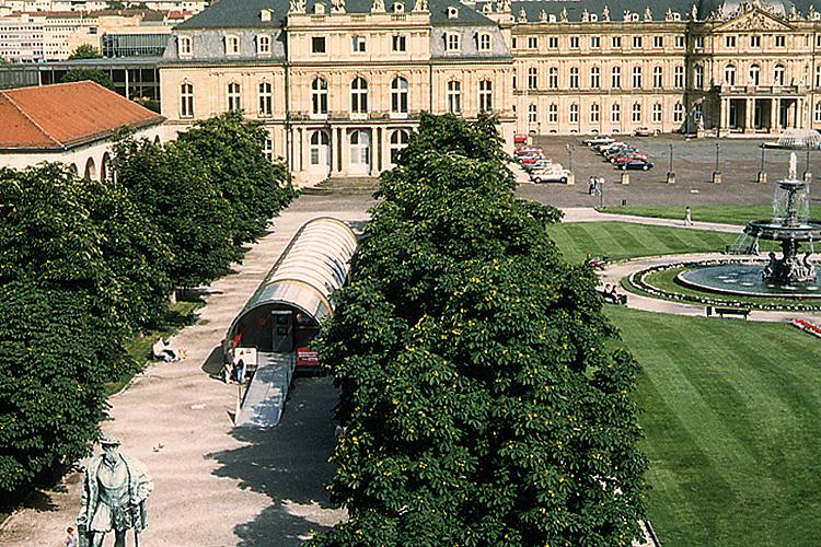 TT espace mobile sur la place centrale de Stuttgart, 1992